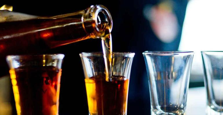 Небольшое количество алкоголя
